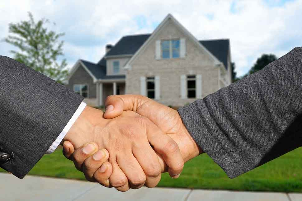 Handschlag Immobilienkauf